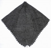 Down shawl 135x110x110 sm (K244)